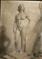 Femme nue en terre 2