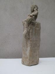 Vlpt faune assis sur socle ciment 2